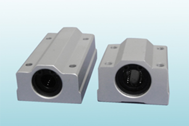Linear shaft slide block